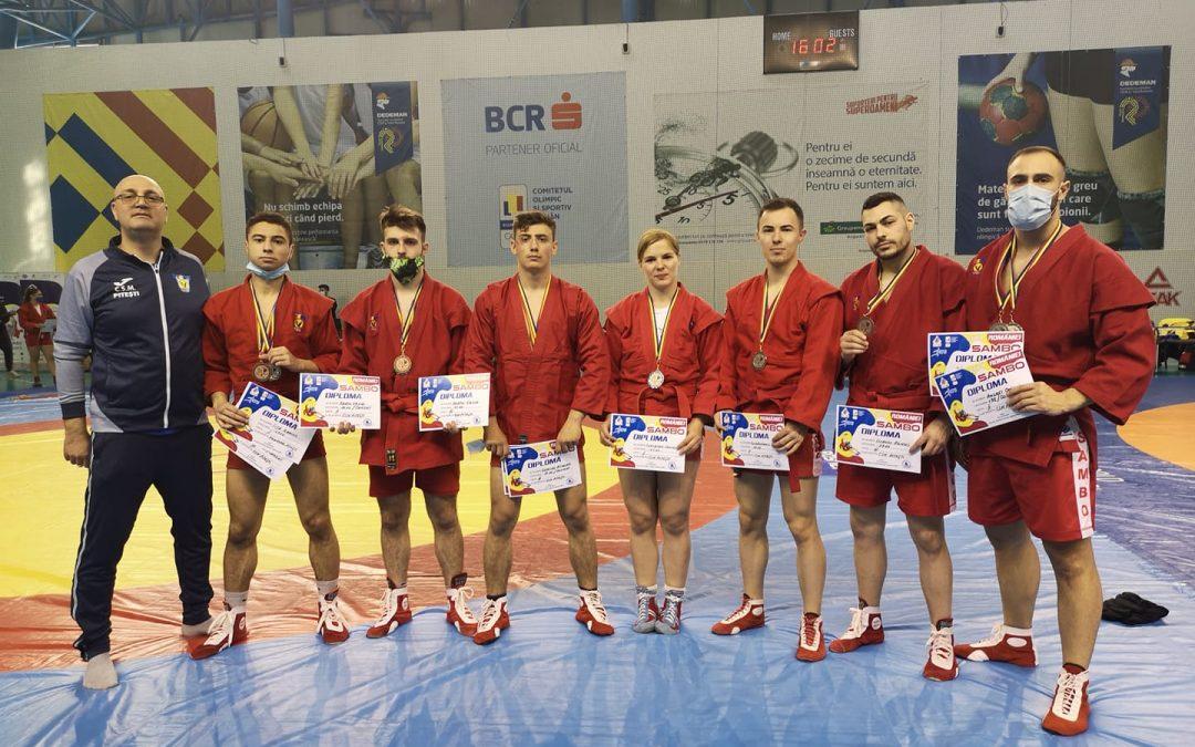 Sportivii secţiei de sambo de la CSM Piteşti s-au evidenţiat în Cupa României, cucerind 11 medalii