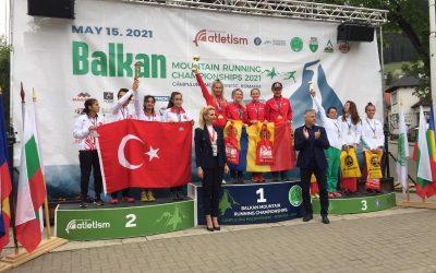 Denisa Dragomir a obţinut titlul de campioană balcanică la alergare montană cu echipa României